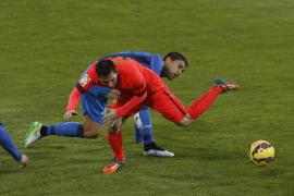 El Barcelona cae en el cerrojazo del Getafe y se aleja del Real Madrid