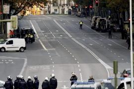 Un detenido por estrellar su coche contra la sede del PP en Madrid con dos bombonas
