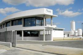 Govern y Ministerio firman el convenio para desbloquear la interconexión de las desaladoras