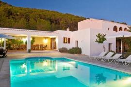El Consell d'Eivissa legaliza hasta el momento más de 1.500 viviendas vacacionales