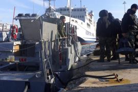 Un buque con cientos de inmigrantes envía una señal de socorro frente a Corfú