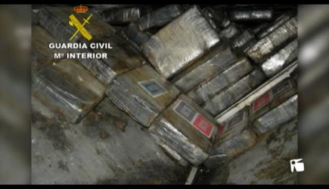 VÍDEO: Incautados 725 kilos de coca en un narcovelero al sur de la isla de El Hierro destino Eivissa