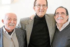 Homenaje a Tito López