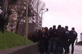 Un hombre toma cinco rehenes en un supermercado de París