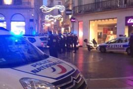 Un hombre retiene a dos rehenes en una joyería de Montpellier