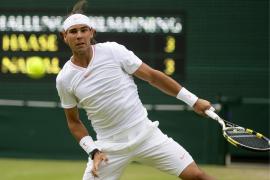 Rafael Nadal sufre para avanzar en Wimbledon