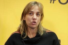 Tania Sánchez acusa al PP de tratar de amputar su candidatura con una querella
