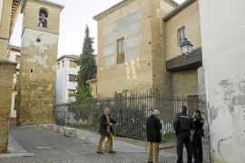 Muere el hombre que se quemó a lo bonzo en el campanario de Granada