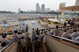 El papa concluyó su visita en Filipinas con una misa ante millones de fieles