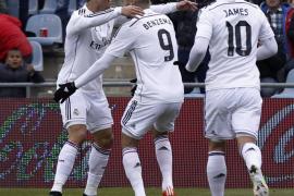 Benzema desatasca, Cristiano machaca al Getafe