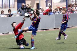 El Portmany lidera el fútbol pitiuso
