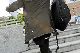 Patricia Conde acude a un juicio camuflada
