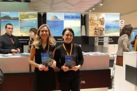 Carmen Ferrer celebra el aumento del turismo en un 13% e insiste en que hay que lograr ampliar la temporada
