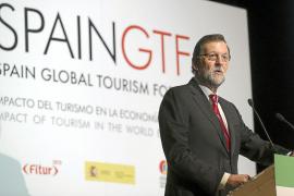 Las patronales critican a Rajoy por el uso electoralista de las cifras turísticas