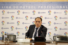 Tebas critica la actitud de Villar y cuestiona que no justifique las subvenciones