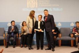 Catalina Guasch premiada en Madrid con la Medalla de Plata al Mérito en el Trabajo
