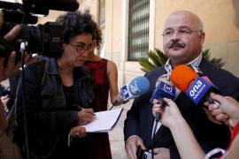 Palau cree que la dimisión de Cardona «le honra» y le desea «suerte y un juicio justo»