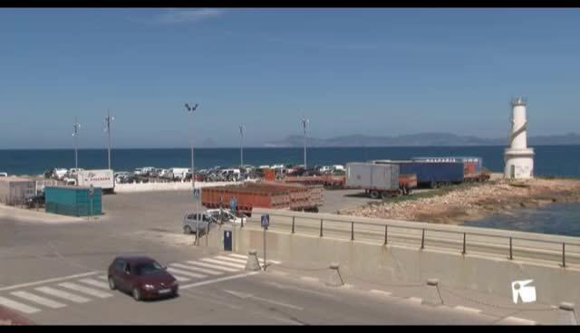 VÍDEO: Formentera inicia la regulación del aparcamiento en el puerto de La Savina
