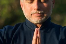 «Meditar cada día ayuda a prevenir enfermedades»