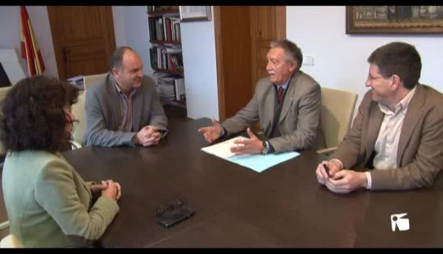 VÍDEO: Santa Eulària pide a Sales que se intensifique la lucha contra los taxis pirata