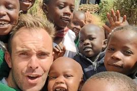 «En Kenia, aunque no tienen mucho no les falta de nada»
