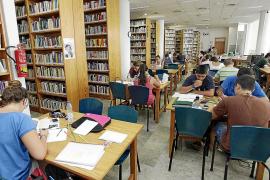 Destinan 400.000 euros para becas de estudio y desplazamiento fuera de la isla