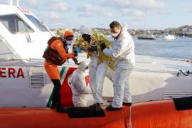 300 inmigrantes desaparecidos en las costas de Lampedusa