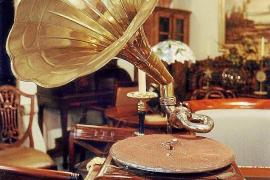 Un alemán denuncia el robo de antigüedades por un valor de 12.000 euros