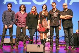 Aloma presenta su disco en Sa Màniga