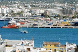 Las navieras proponen a la APB un párking y oferta comercial en el muelle de carga