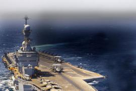 Francia ataca a los yihadistas desde el portaaviones 'Charles de Gaulle'