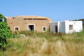 El Consell cede los terrenos de Ca ses Ferreres para la explotación agrícola