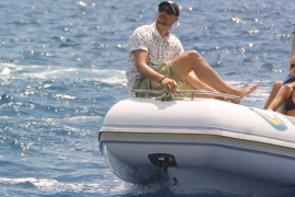 Rescatan al príncipe Haakon tras caerse por la borda navegando solo