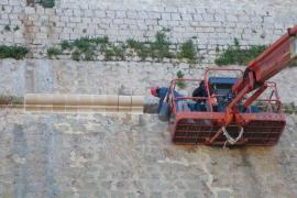 Vila acomete trabajos de consolidación de la muralla