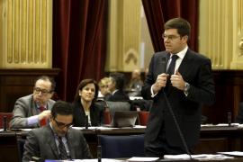 Sansaloni defiende que las especialidades en Eivissa «están mucho mejor» que en 2011