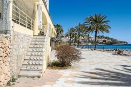 Los hoteleros de Vila exigen una mejora de la limpieza y conservación de las áreas públicas