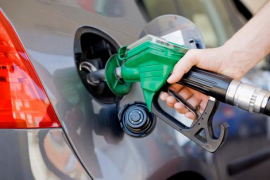 La gasolina y el gasóleo suben otro 1,7% y suman alzas del 12,6% desde enero