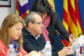 Sant Antoni ha reducido a la mitad sus deudas durante esta legislatura