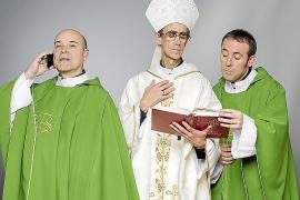 Antonio Resines 'al cuadrado', en 'Aquí paz y después gloria'