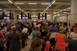 La mayoría de pasajeros son turistas alemanes que volvían de Barcelona y Mallorca