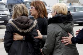 Los familiares de las víctimas están siendo atendidos en hoteles cercanos al Prat
