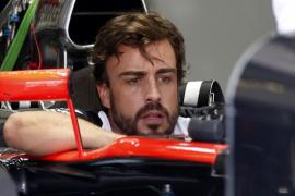 Alonso afronta un duro examen en Sepang
