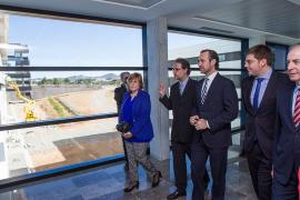 Bauzá reitera que Eivissa tendrá radioterapia en 6 meses