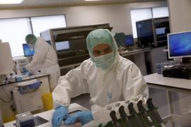 El laboratorio forense continúa trabajando para identificar a las víctimas