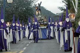 Seis cofradías marchan por Santa Eulària