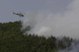 El Govern adelanta la llegada del helicóptero de extinción de incendios por el riesgo creciente