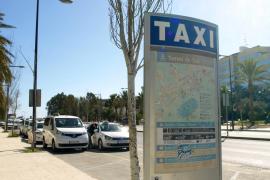 Los taxistas apoyan que el Consell insista  en la retirada de puntos de carné a los piratas