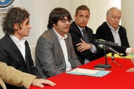 El CD Ibiza aprueba la destitución de Víctor Langreo