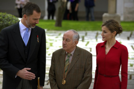 Guiño de Goytisolo a Podemos al recoger su Premio Cervantes