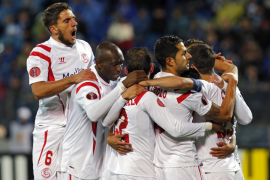 El Sevilla sufre pero pasa a las semifinales